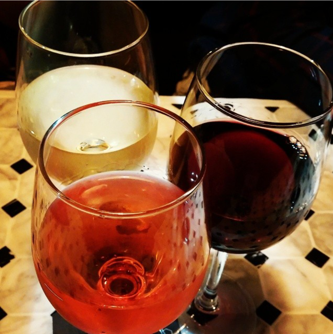 Pints at Schooner Prices & $7 House Wines